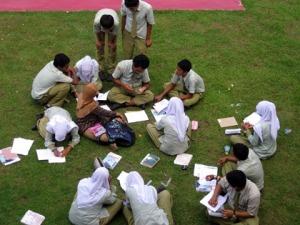 Belajar di Lapangan